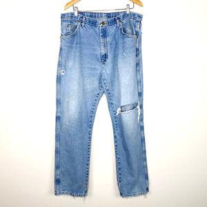 Wrangler Distressed Thrashed Regular Fit Jeans